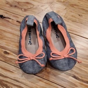 Toddler size 6 chambray and coral dressy flats